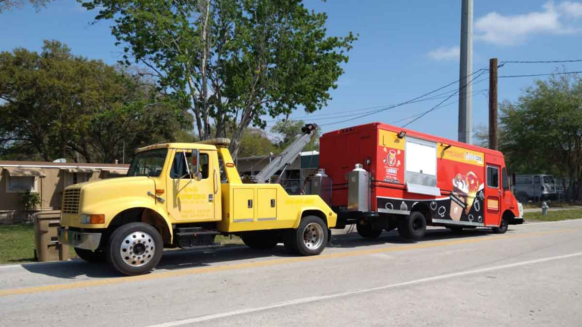 Cheap Truck Towing Kissimmee